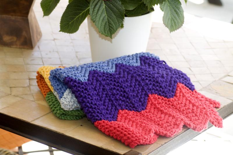 Modelos de mantas tejidas a dos agujas imagui for Mantas de lana hechas a mano