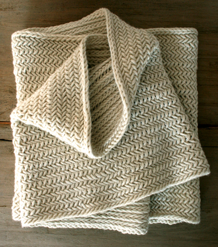 herringbone-cowl-flat-425