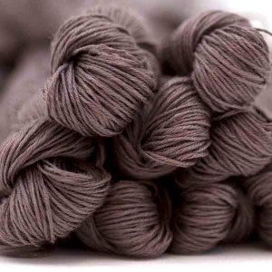 Truffle _ Un cálido gris lavanda
