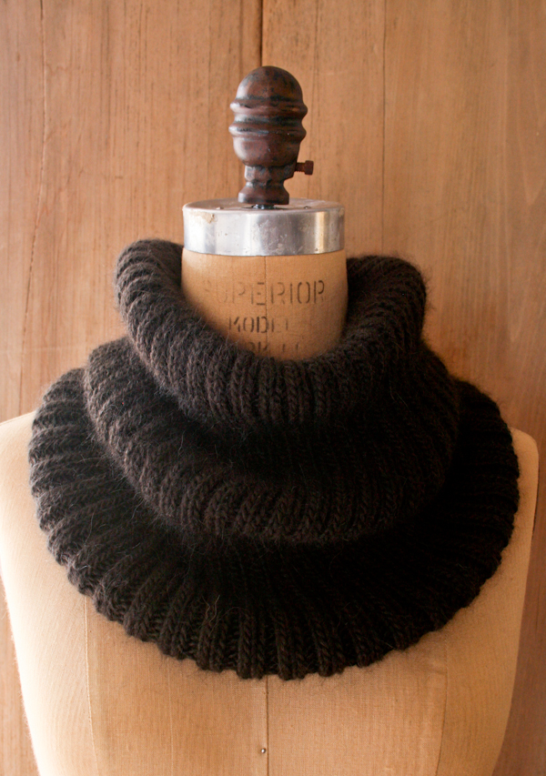 Ribbed Cowl by Purl Bee