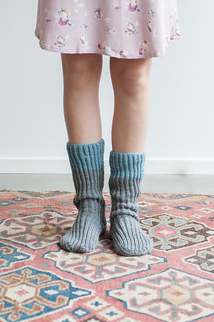 quince-co-alexandra-tall-socks-chickadee-knitting-pattern-pam-allen-1_medium2