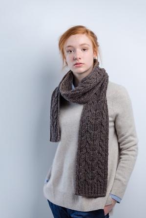far_hills_scarf_01_medium2